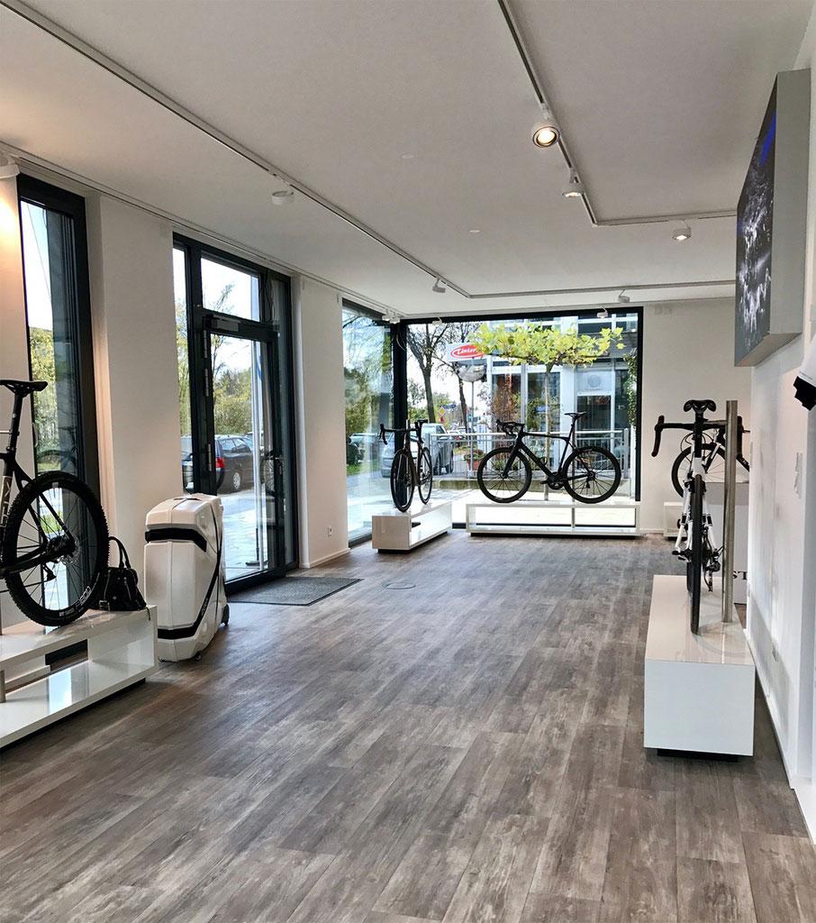 storck bicycle er ffnet flagship store in m nchen. Black Bedroom Furniture Sets. Home Design Ideas