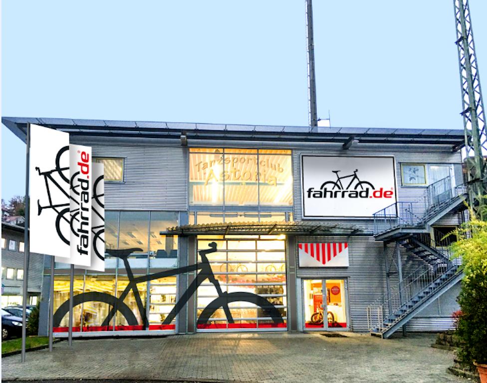 er ffnet ersten station ren store in stuttgart. Black Bedroom Furniture Sets. Home Design Ideas
